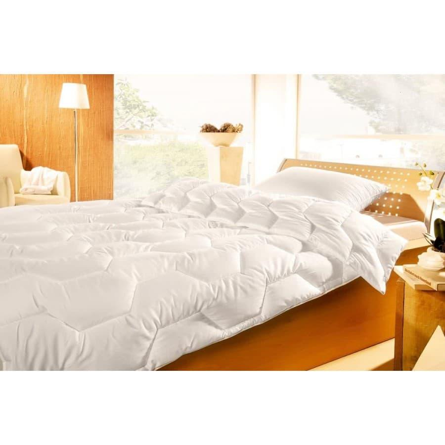 Одеяло Brinkhaus  Summerdream silk шелк