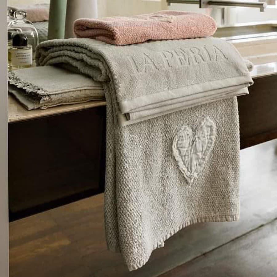 Набор полотенец La Perla HEART серый