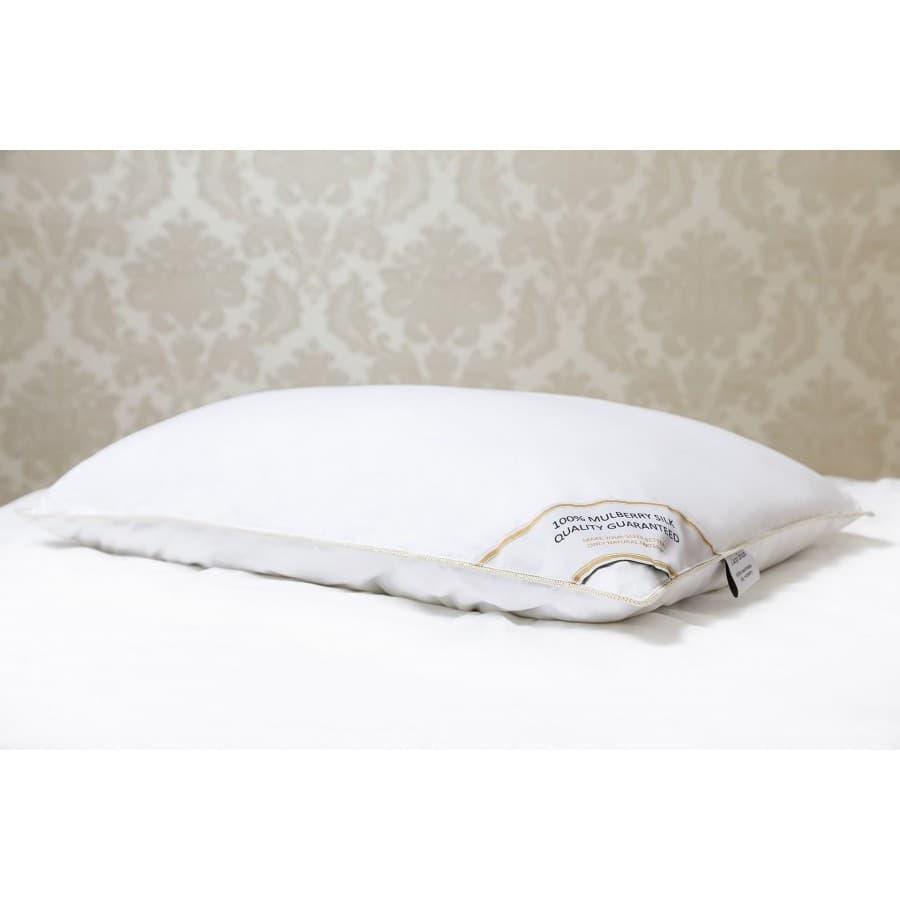 Шелковая подушка Noby Silk LUXE Dream средняя