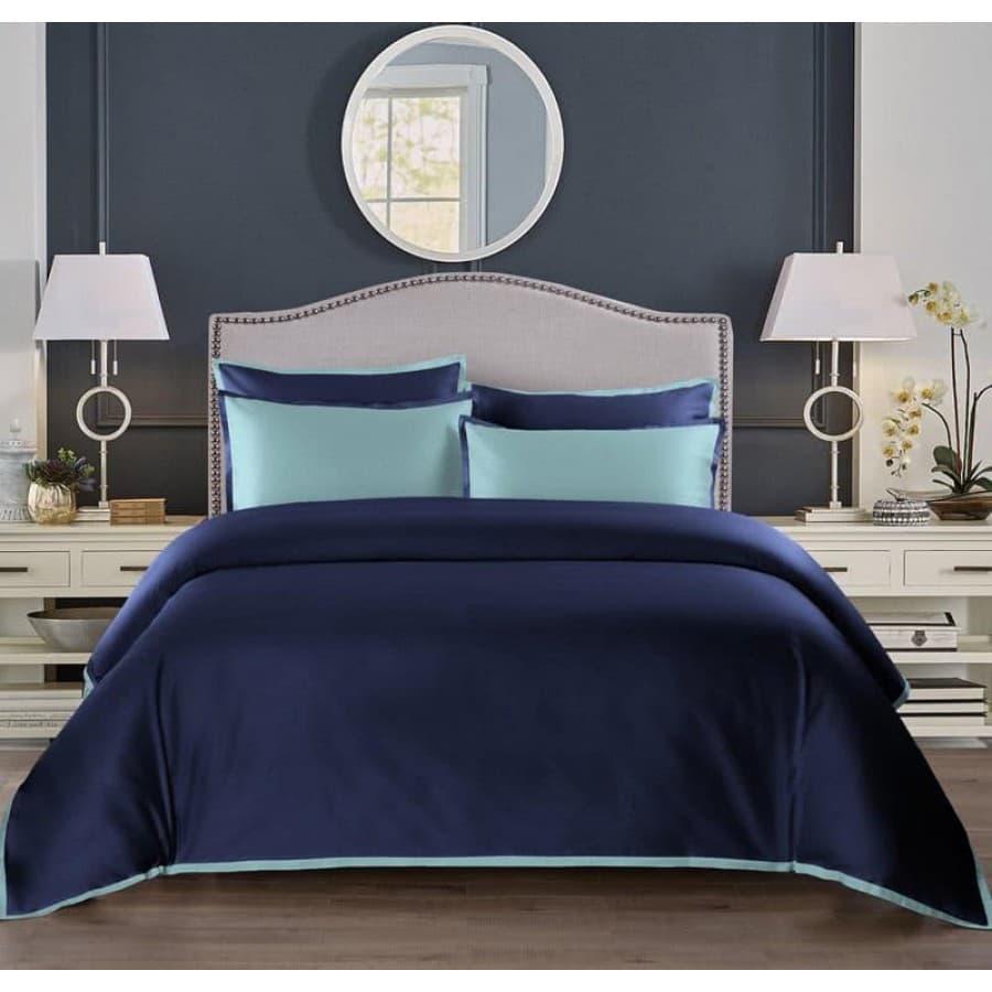 Однотонное постельное белье Coctail темно синий