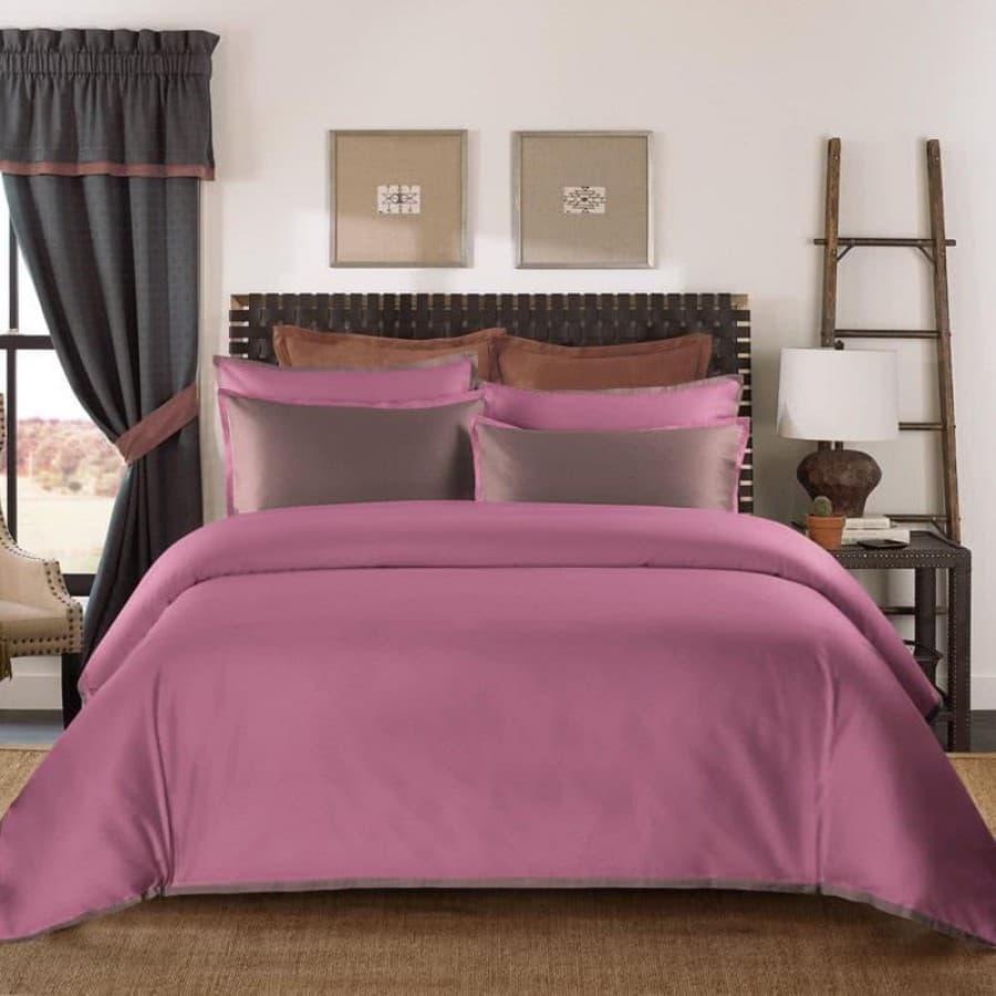 Однотонное постельное белье Coctail темно розовый