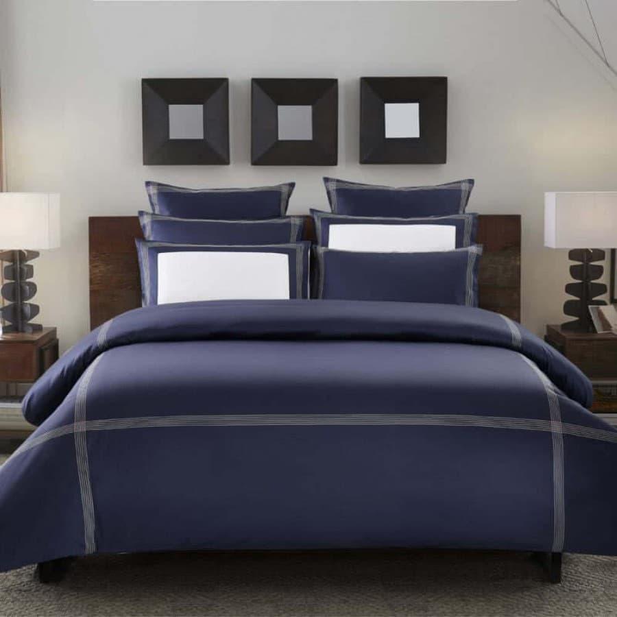 Однотонное постельное белье Merrow Stitch синий