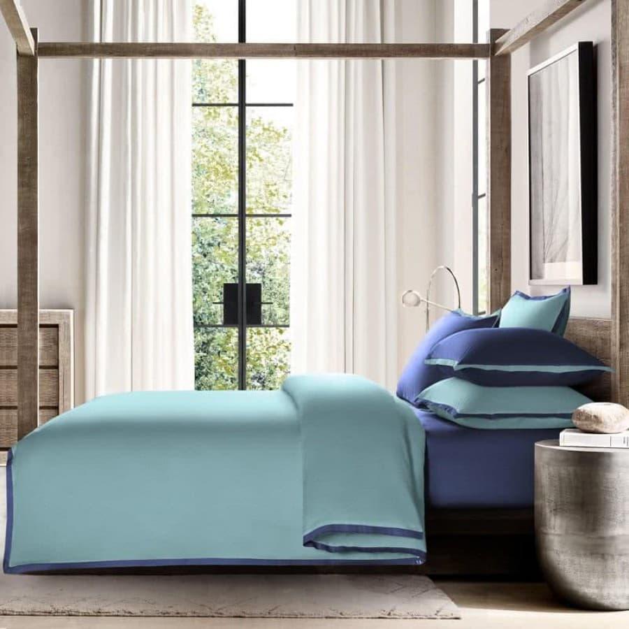 Однотонное постельное белье Coctail голубой