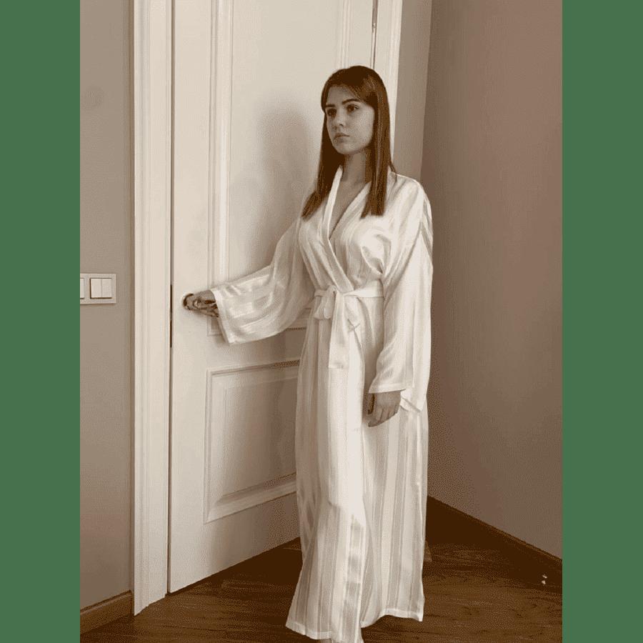 Шелковый халат Veronique (Франция) Ковелит