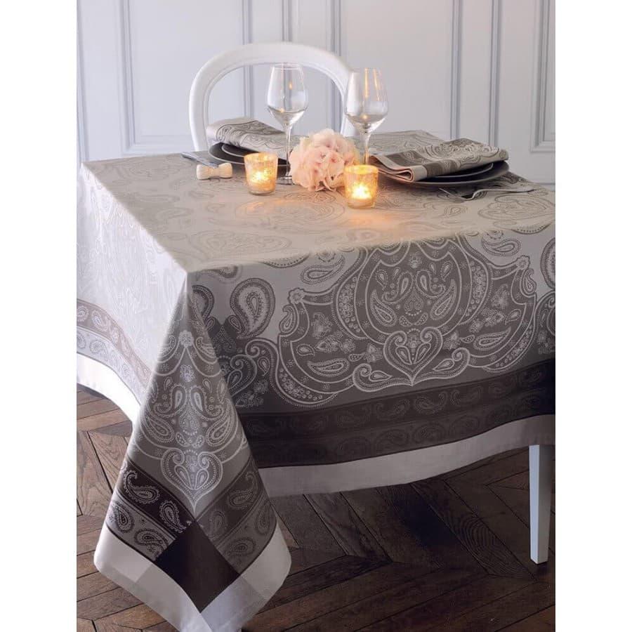 Скатерть на стол Garnier Thiebaut Pashmina