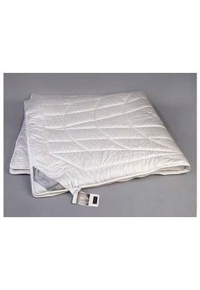 Одеяло Hefel PURE CAMEL GD всесезонное облегченное